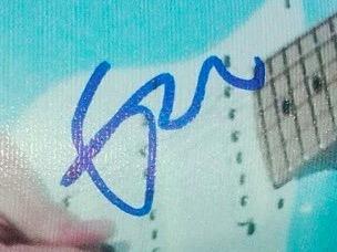 Authentic Eric Clapton  Autograph Exemplar