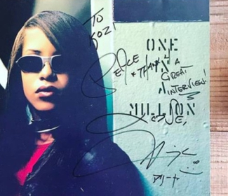 Authentic Aaliyah  Autograph Exemplar
