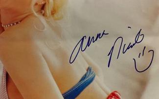 Authentic Anna Nicole Smith  Autograph Exemplar