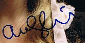 Authentic Amanda Seyfried  Autograph Exemplar