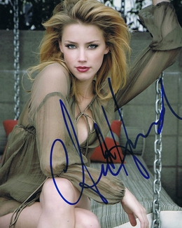 Authentic Amber Heard  Autograph Exemplar