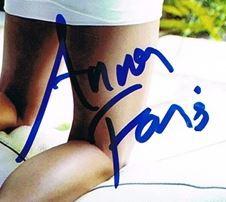 Authentic Anna Faris  Autograph Exemplar
