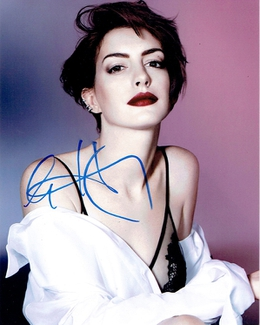 Authentic Anne Hathaway  Autograph Exemplar